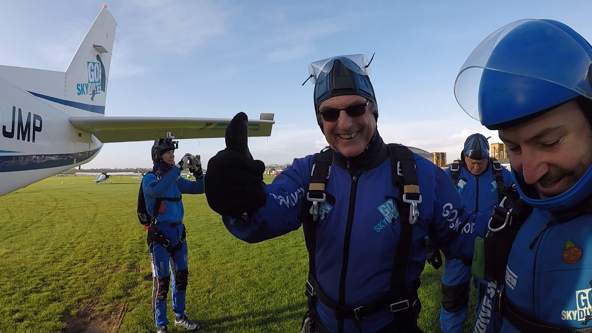 Mark Allen takes a dive for charity